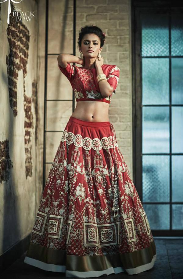 little black bow, bridal lehenga, budget lehenga, red lehenga, bridal lehenga trends