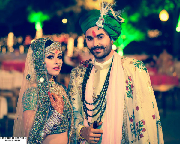 indian groom, groom wear, Indian bride, colour coordinated outfits