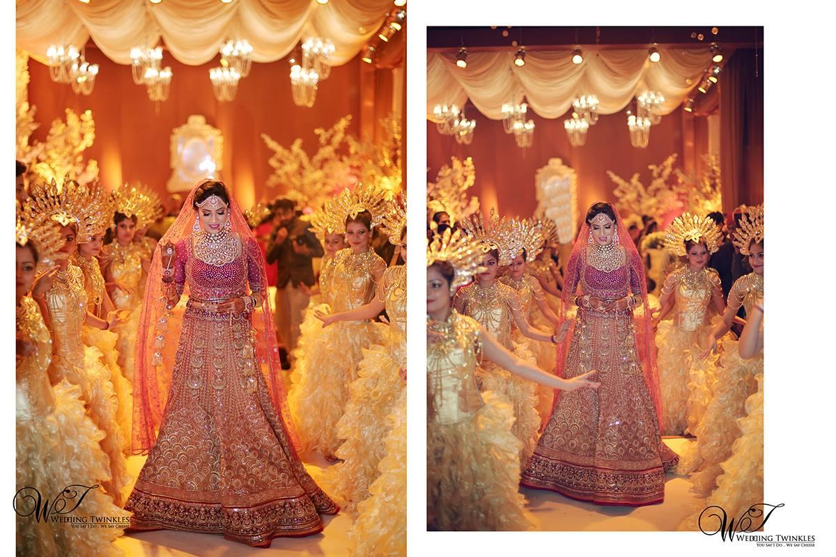 bride entry, bridal entry ideas, bridal lehenga, red lehenga