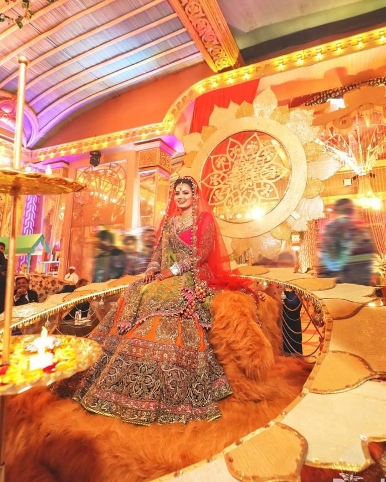 Bridal entry, bridal lehenga, Indian wedding