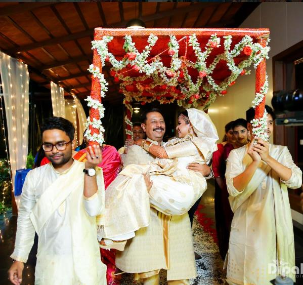 bride entry, bridal entry, bride entry with father, south indian wedding