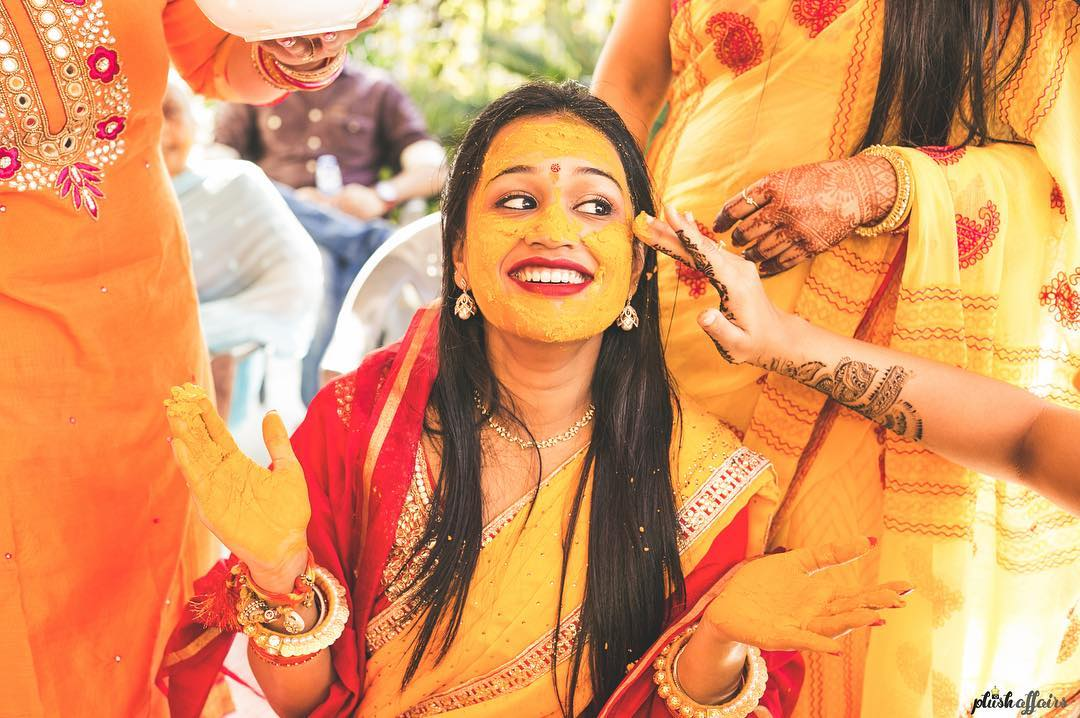 haldi photos of bride