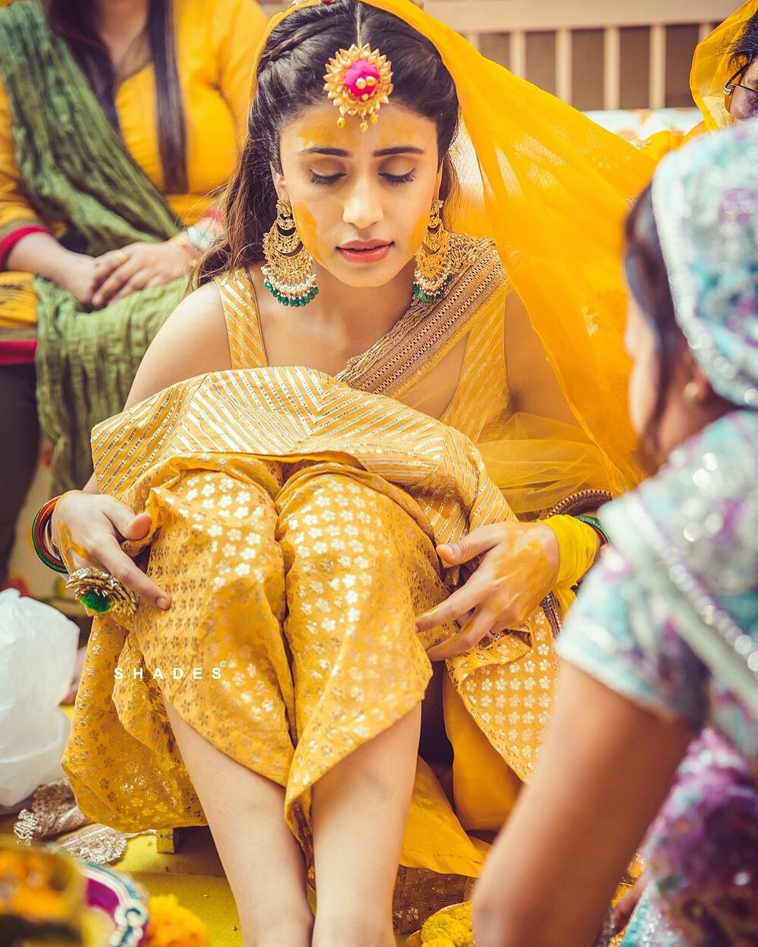 30 Best Haldi Photos From Indian Weddings You Cannot Miss