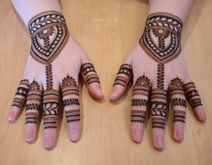 18 Mehendi Artists Every Bride Must Follow On Instagram