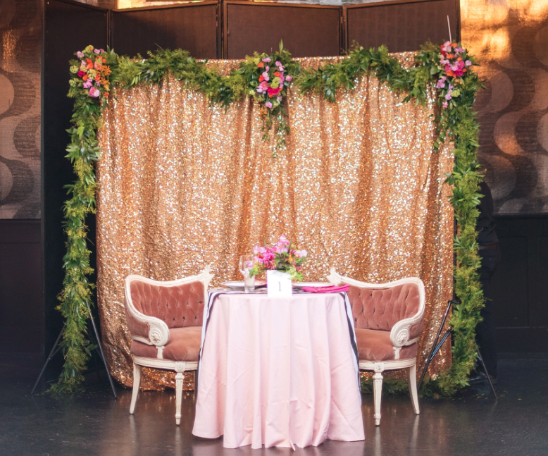 17 Quirky Backdrops Photobooth Ideas To Brighten Your Wedding Decor