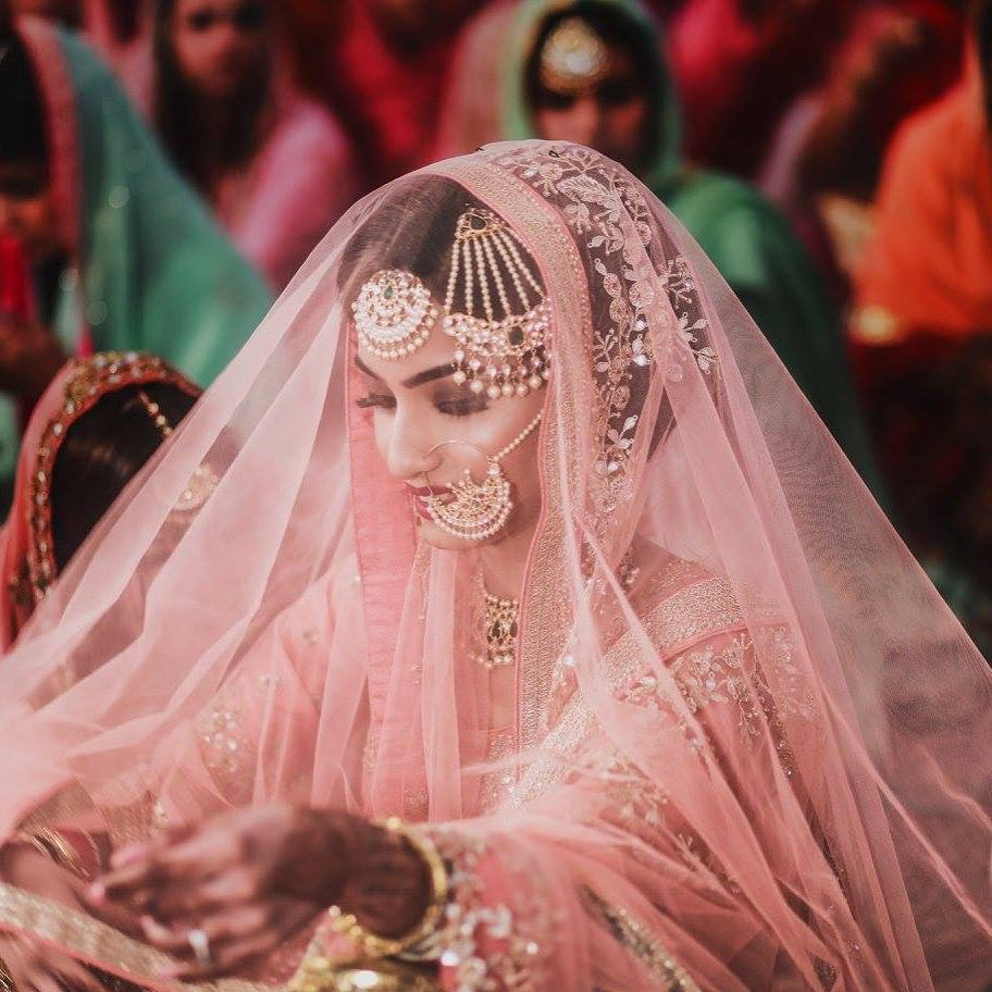 18 Beautiful Gurudwara Wedding Pictures That\'ll Leave You Mesmerized
