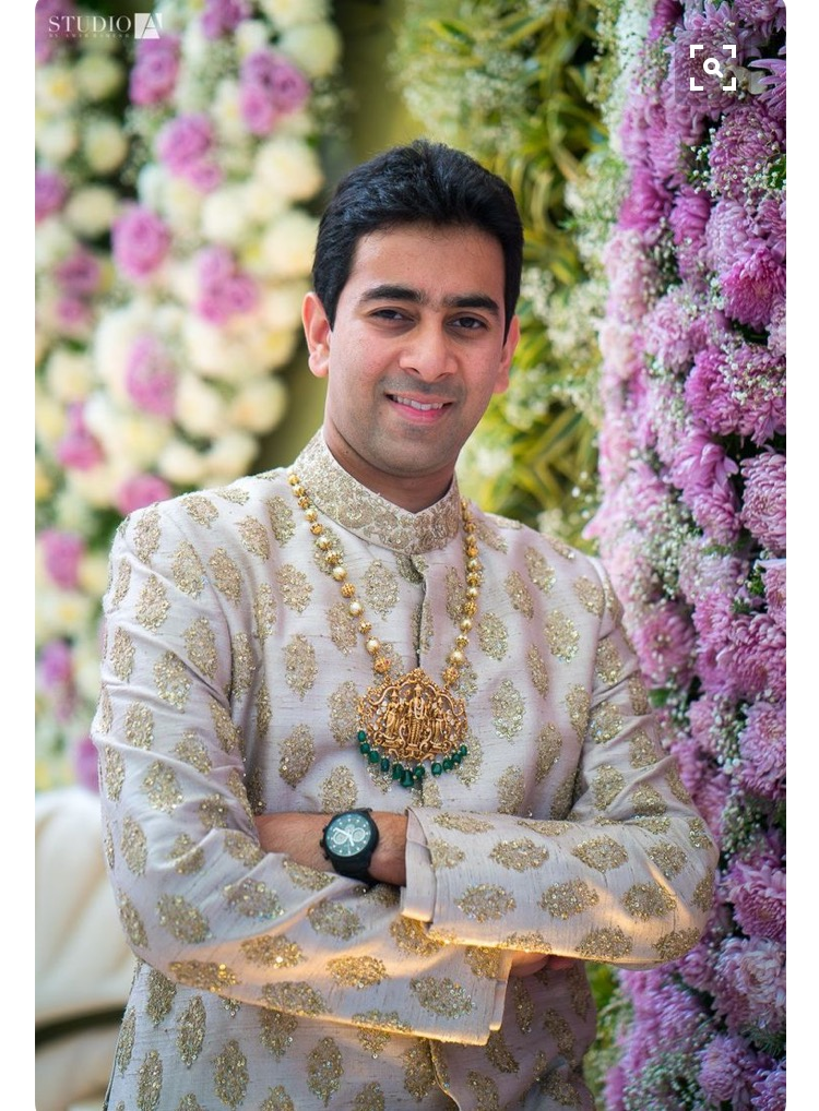 Real Grooms Who Wore Jewellery Better Than Their Brides