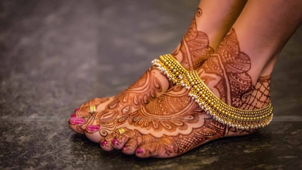 Real Indian Brides Wearing Payals And Anklets