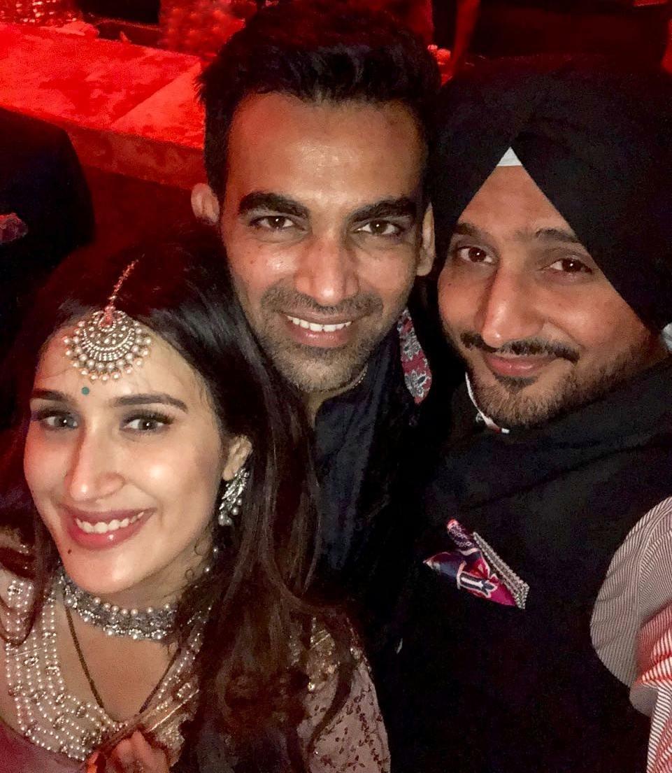 Zaheer Khan, Sagarika Ghatge, Cricketer Wedding, Bollywood Wedding, Celeb Wedding 2017, Harbhajan Singh