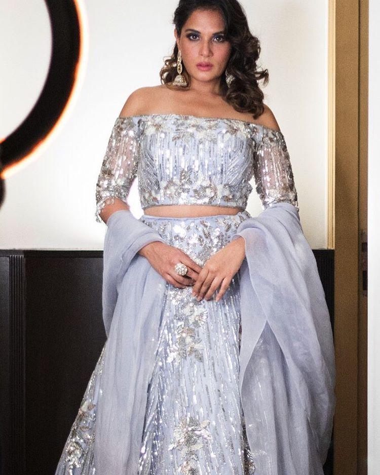 Virat Kohli, Anushka Sharma, Virushka Reception, Sara Ali Khan, Manish Malhotra Label