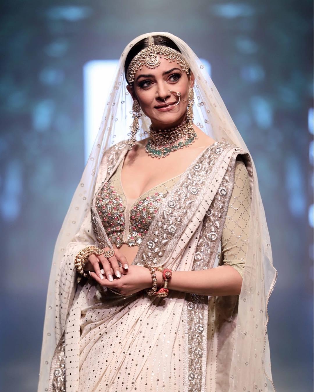 Sushmita Sen, Lakme Fashion Week Summer Resort 2018, Lakme Fashion Week, Bridal Lehenga, Bollywood Fashion, House of Kotwara