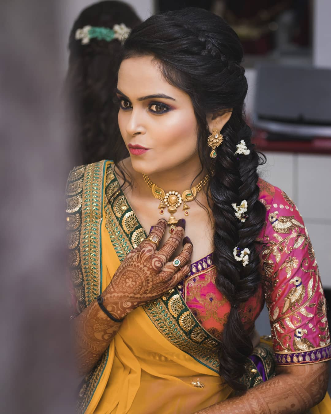 To acquire Indian latest bridal hairstyles trends pictures trends