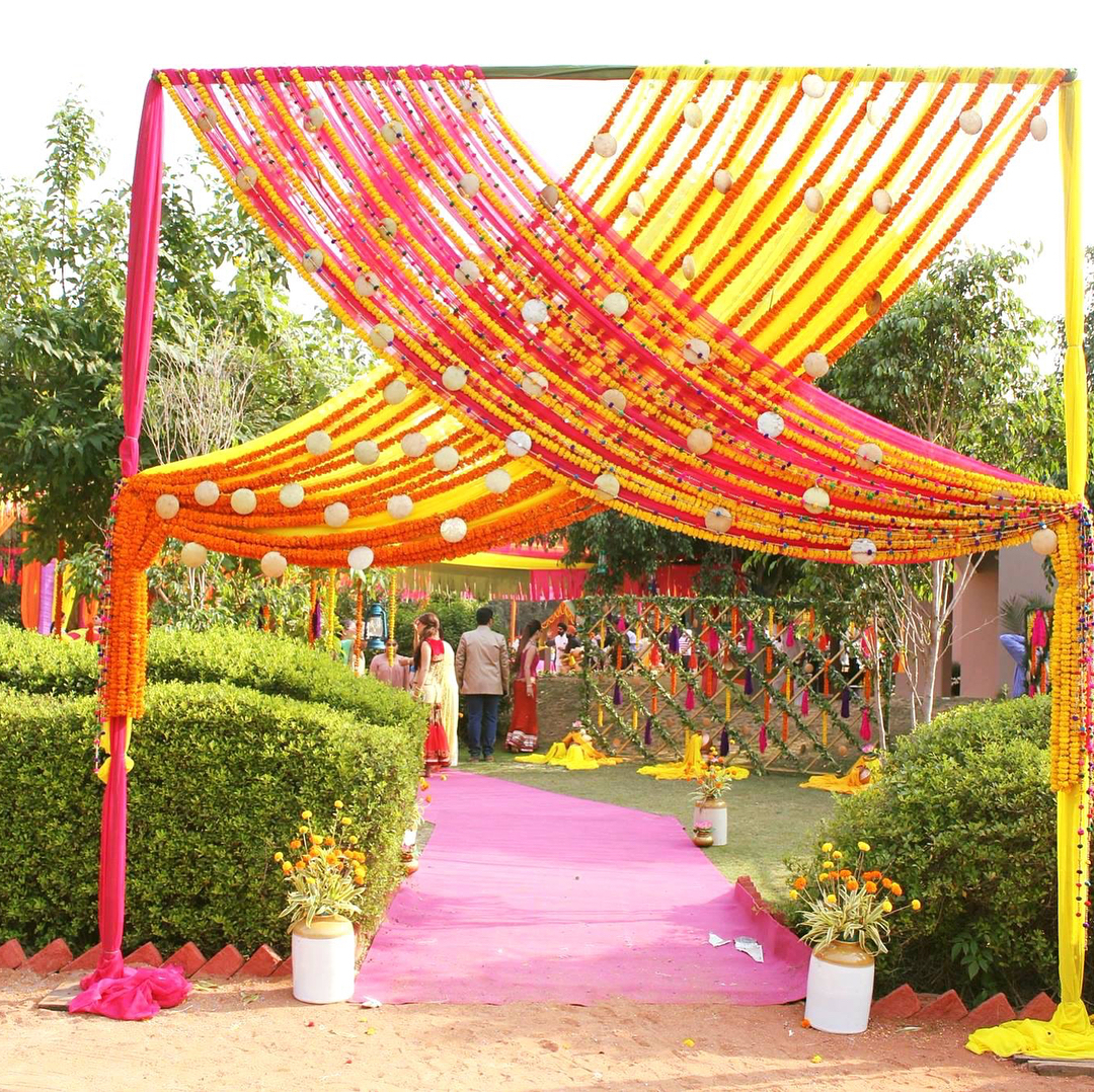 25 Fun & Fab Mehendi Decor Ideas From Real Indian Couples