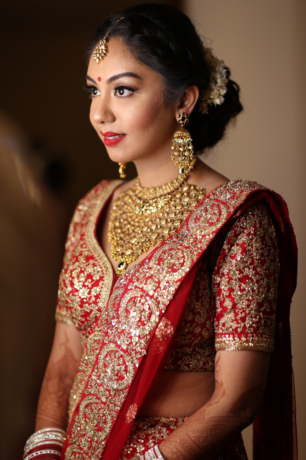 Bridal Makeup, India Bride, Indian Bridal Makeup, Red Lehenga, Red Bridal Look, Red Bindi, Red Lipstick
