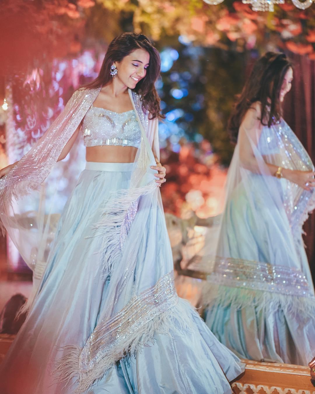 Bridal Blouse, Blouse Design, Bridal Blouse Design, Choli Design, Bridal Choli Design, Bridal Outfit, Bridal Fashion, Miss Style Fiesta, Bustier Blouse