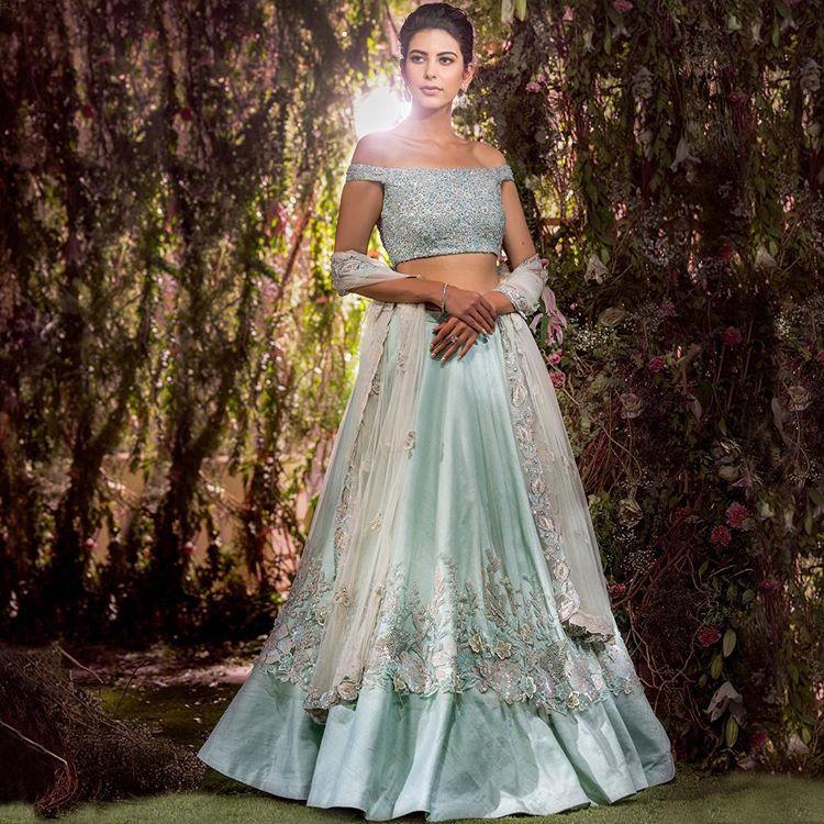 ef08cb2ee66 Bridal Blouse, Blouse Design, Bridal Blouse Design, Choli Design, Bridal  Choli Design
