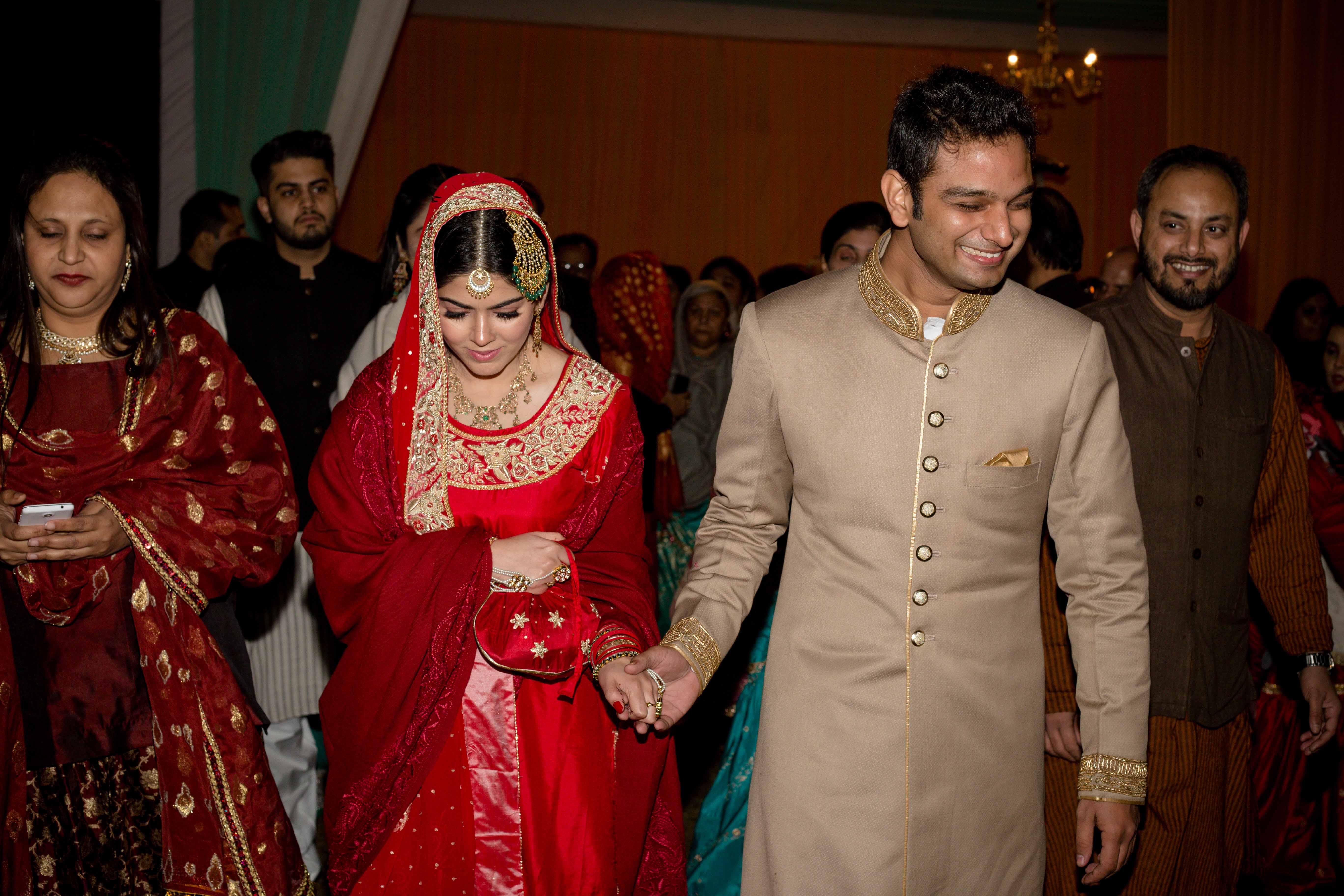 muslim wedding, nikah, muslim bride, Muslim groom, wedding photographer, camera waale baraati