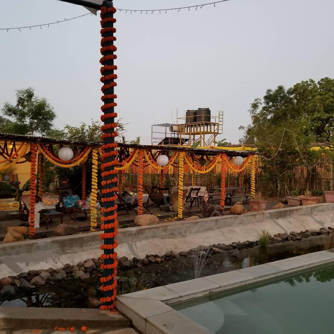 milind soman and ankita konwar, milind soman wedding photos, wedding decor