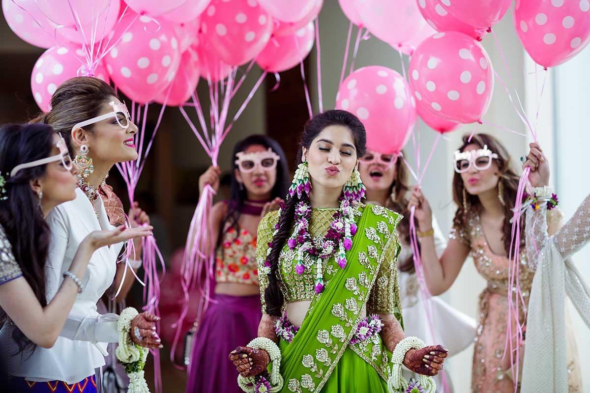 bridesmaid photography, mehendi ceremony, mehendi outfit