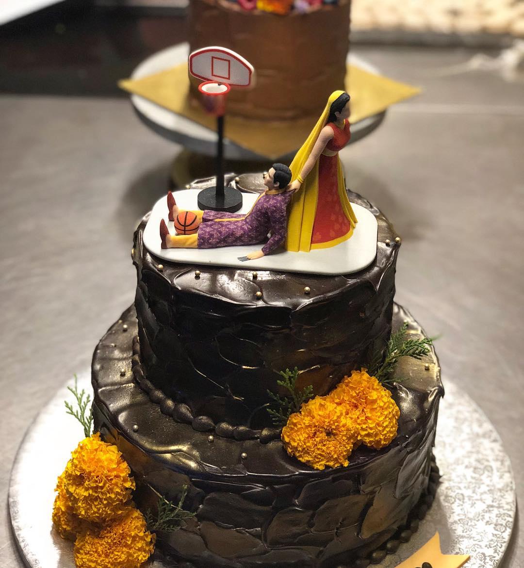 sonam Kapoor wedding, wedding cake, cake topper