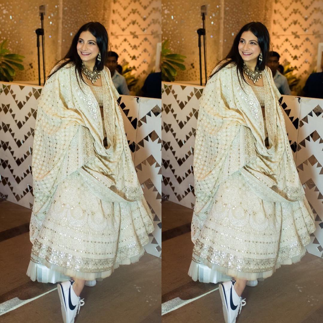 Sonam Kapoor mehendi, rhea Kapoor, Abu Jani Sandeep Khosla
