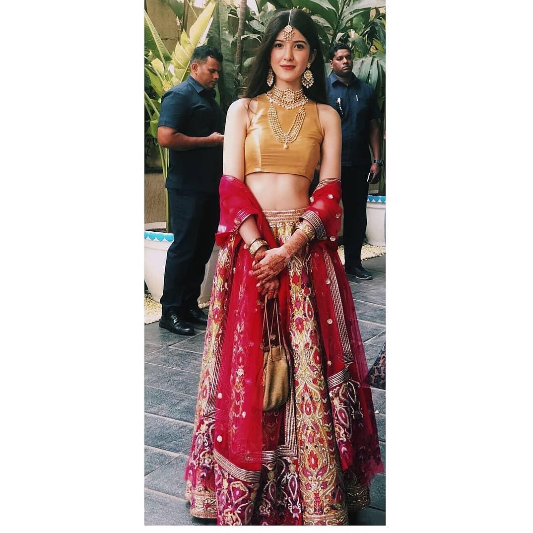 sonam Kapoor wedding, shanaya Kapoor, bridesmaids outfit