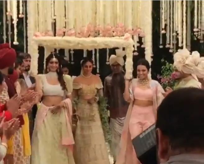 Veere Di Wedding, Wedding Inspiration, Bollywood Inspiration, Veere Di Wedding Inspiration, Phoolon Ki Chadar, Wedding Décor