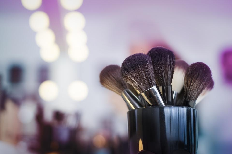 bridal makeup class, niti luthra, makeup brushes
