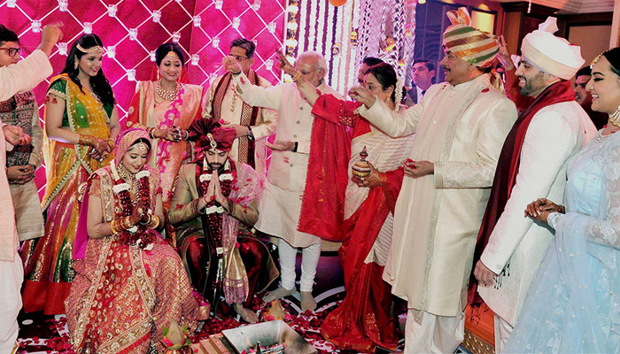 Shatrughan Sinha, Safa Ideas, Father of bride fashion, wedding outfit ideas