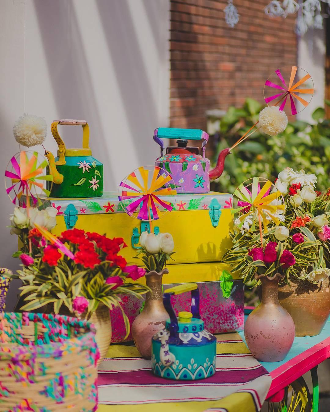 mehendi decorations, mehendi ceremony ideas, mehendi décor