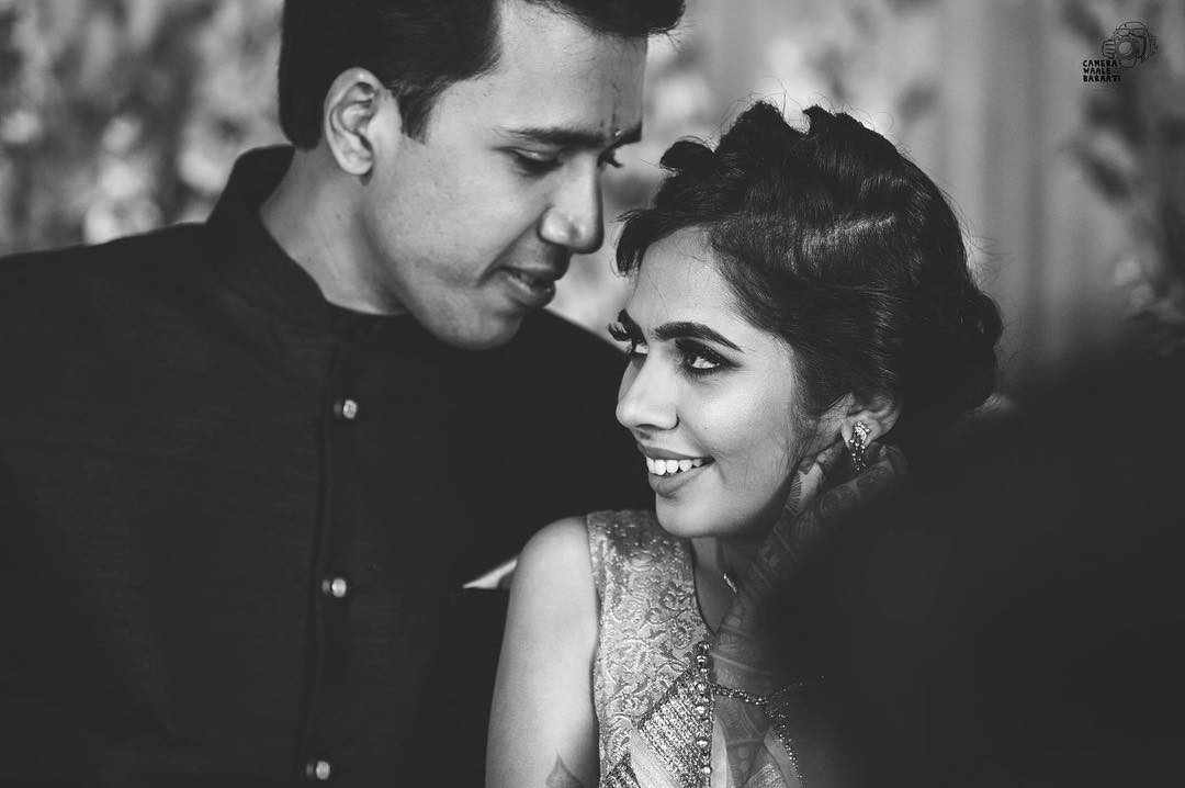 black and white photos, black and white photography, wedding photography, wedding photographer in delhi- camera waale baraati