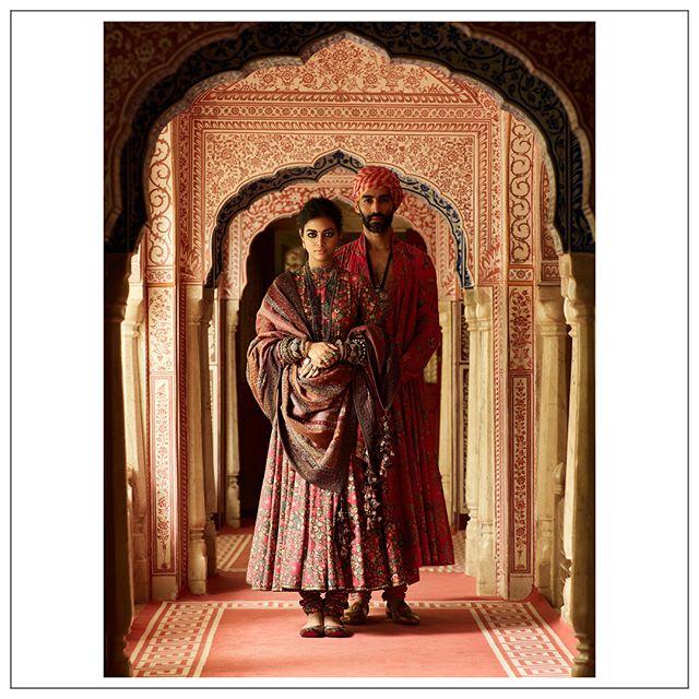 sabyasachi Mukherjee, red bridal lehenga, red bridal saree, red bridal sharara, sabyasachi jewellery, sabyasachi Mukherjee winter collection