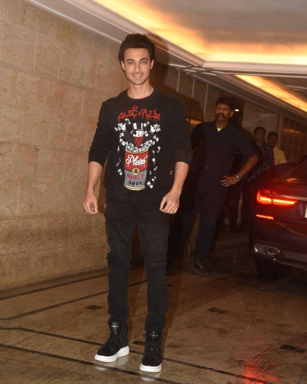 Priyanka Chopra, Nick Jonas, Priyanka Chopra Nick Jonas Engagement, Arpita Khan, Aayush Sharma