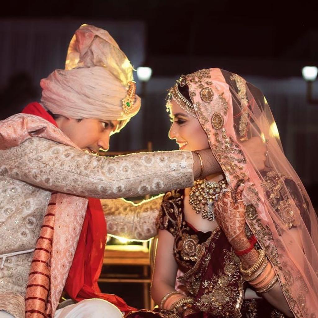 bridal lehenga, ekta kaul sumeet vyas wedding
