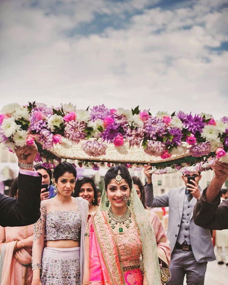 bridal entry, bride entry ideas, bride entry under phoolon ki chaadar