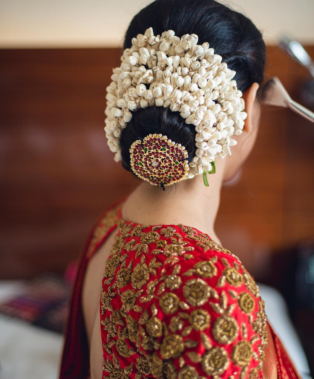 Wedding Hairstyle For Kerala Bride: 20 Unique And Trending Bridal Hair Accessories For The
