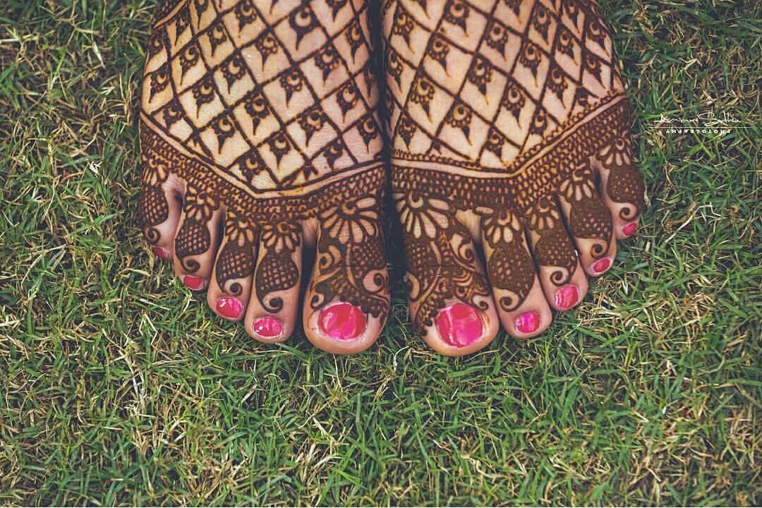 feet mehendi design ideas, latest mehendi designs, bridal mehendi designs, jaali mehendi designs for feet