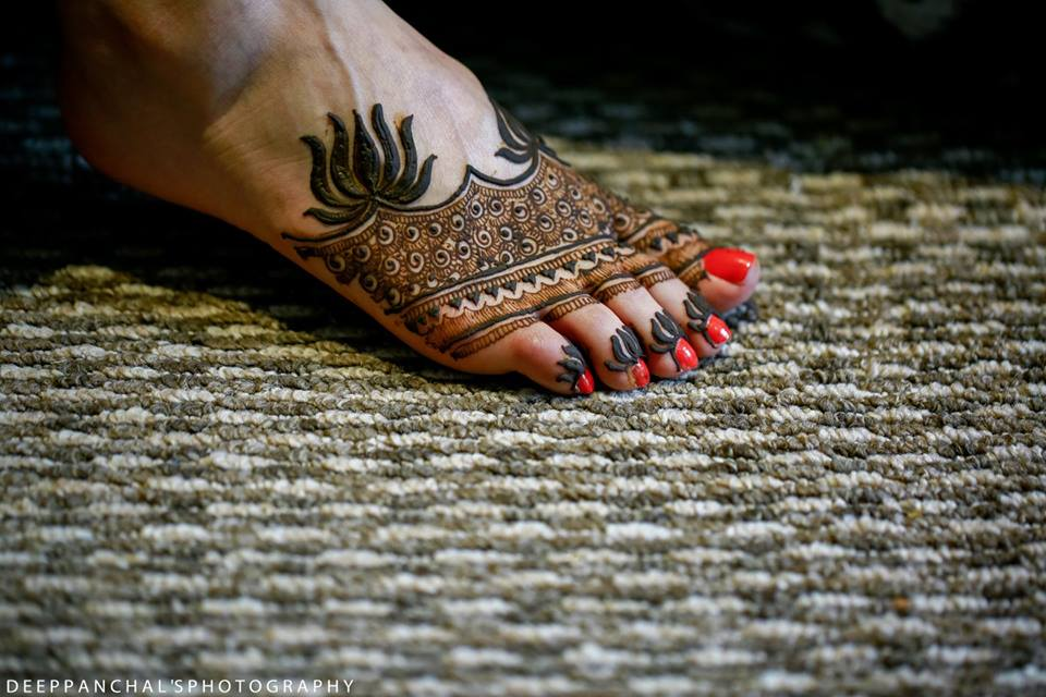 feet mehendi design ideas, latest mehendi designs, bridal mehendi designs, half mehendi feet designs for feet