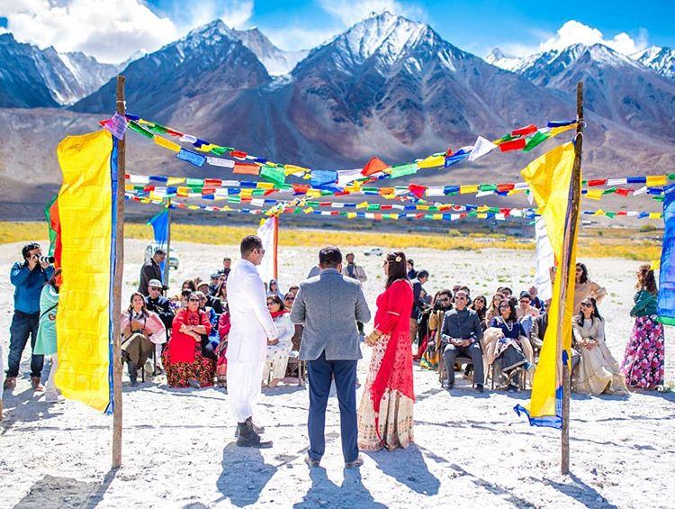 eco-friendly wedding, day wedding, destination wedding, hills, leh ladakh, couple portrait