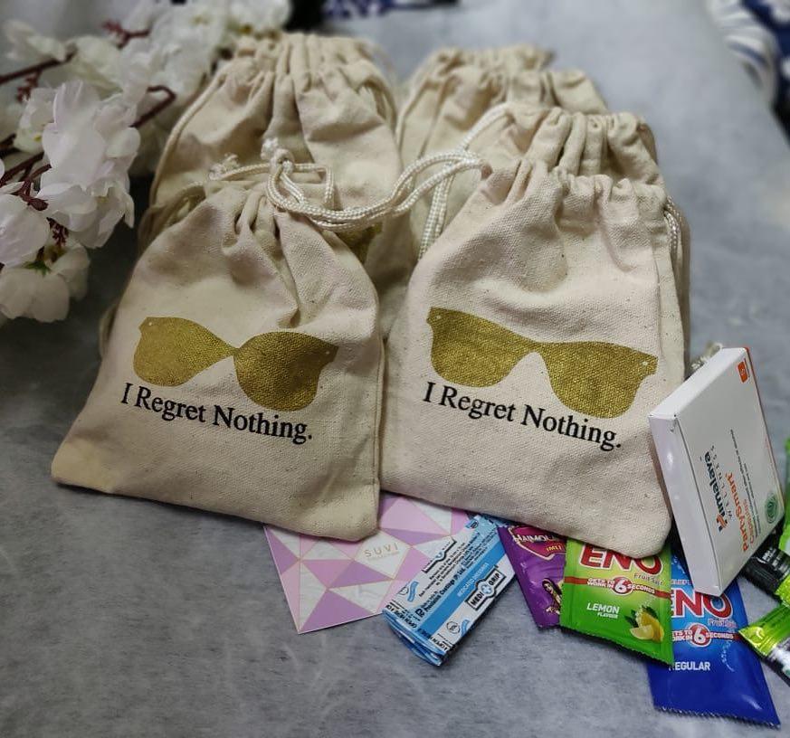 unique wedding favors, wedding favors, destination wedding, hangover kit