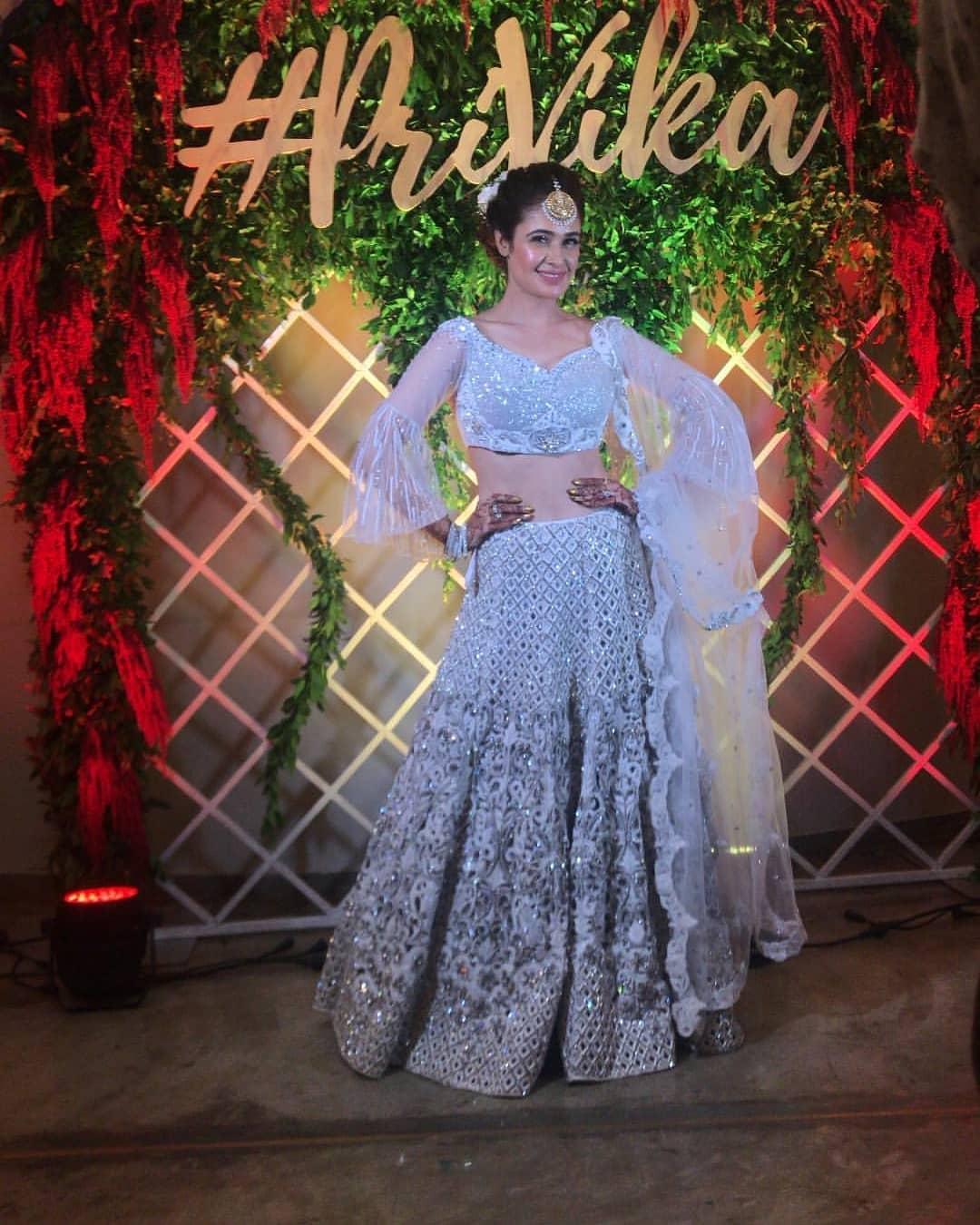 unique wedding trends, unique choli design ideas, sangeet outfit design ideas, bridal lehenga