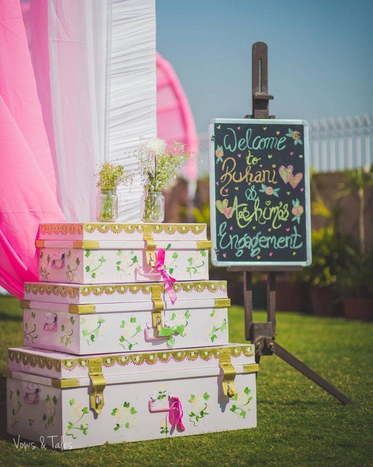 budget wedding decor, budget wedding decor ideas, chalkboard ideas, signage boards, unique chalkboard ideas