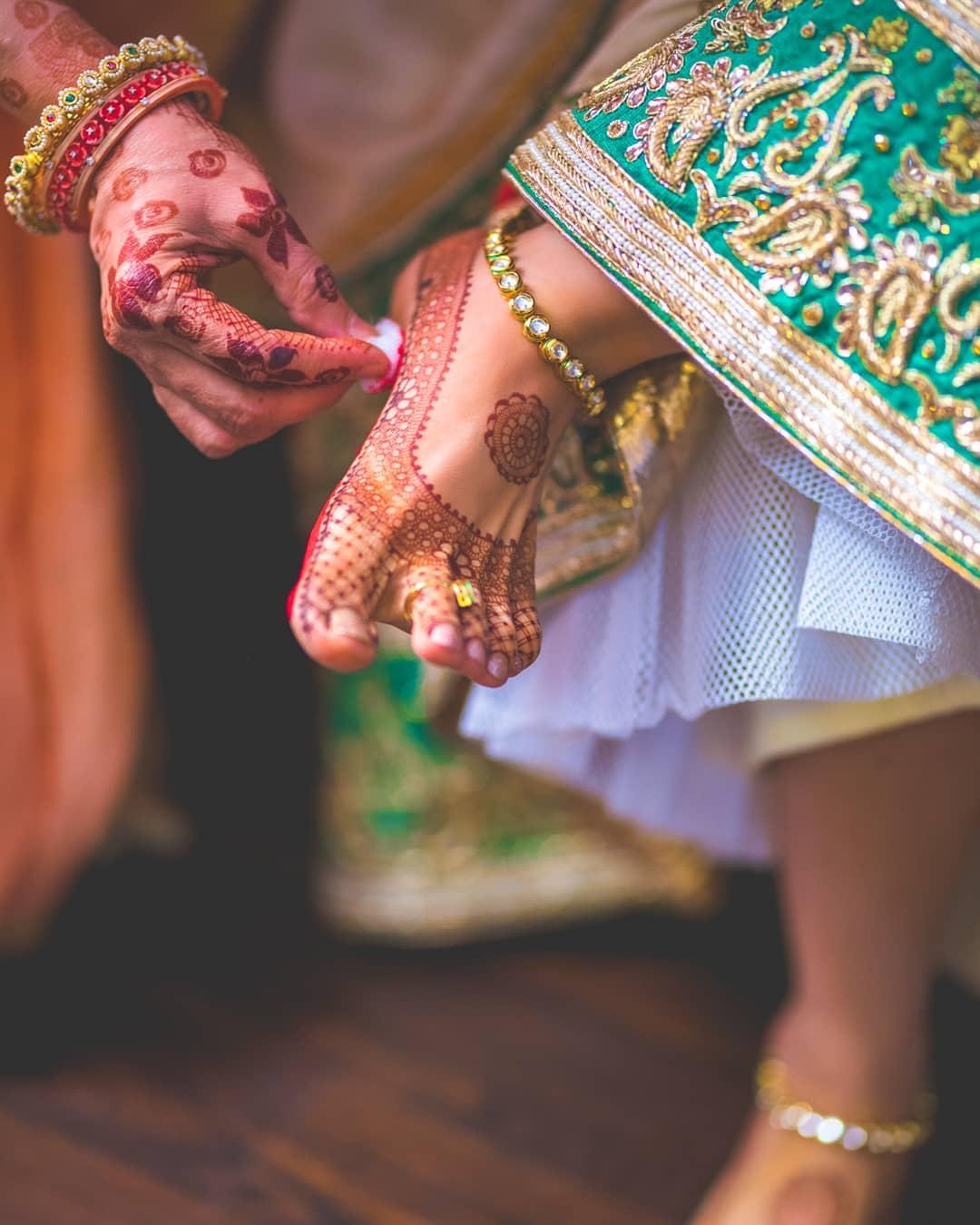 Minimalistic Anklet design (Payal designs for bride)