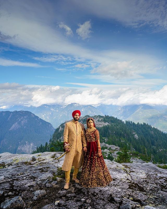 indian weddings, wedding photography, Canada, indian weddings in Canada, couple portrait, groom outfit, bridal outfit, indian bride, indian groom, bridal lehenga, Deo Studios, Indian wedding photographers in Canada
