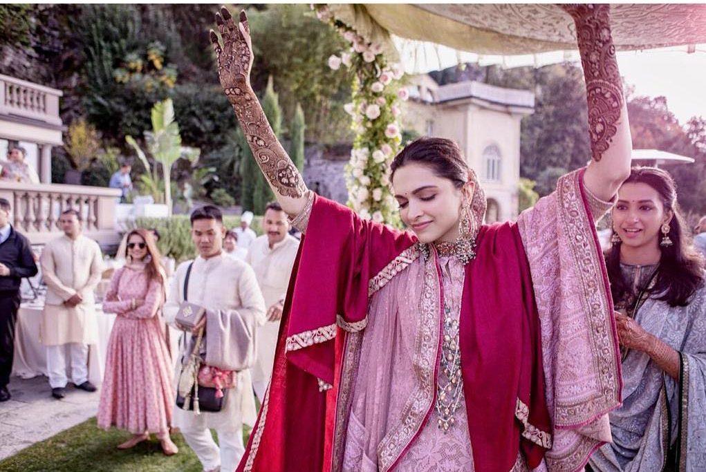 bridal lehenga, double dupatta draping