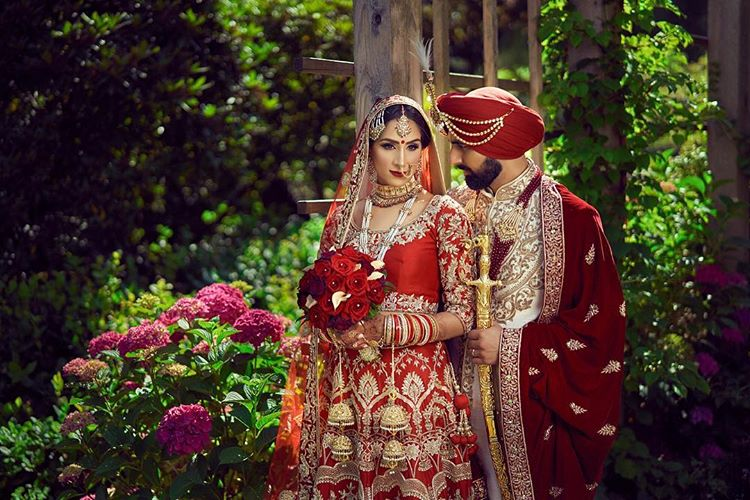 Indian wedding photographers in Canada, indian weddings, wedding photography, Canada, indian weddings in Canada, couple portrait, groom outfit, bridal outfit, indian bride, indian groom, bridal lehenga, Finepixelstudio