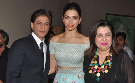 Deepika Padukone, Ranveer Singh, DeepVeer wedding, bollywood couple, shahrukh khan, farah khan