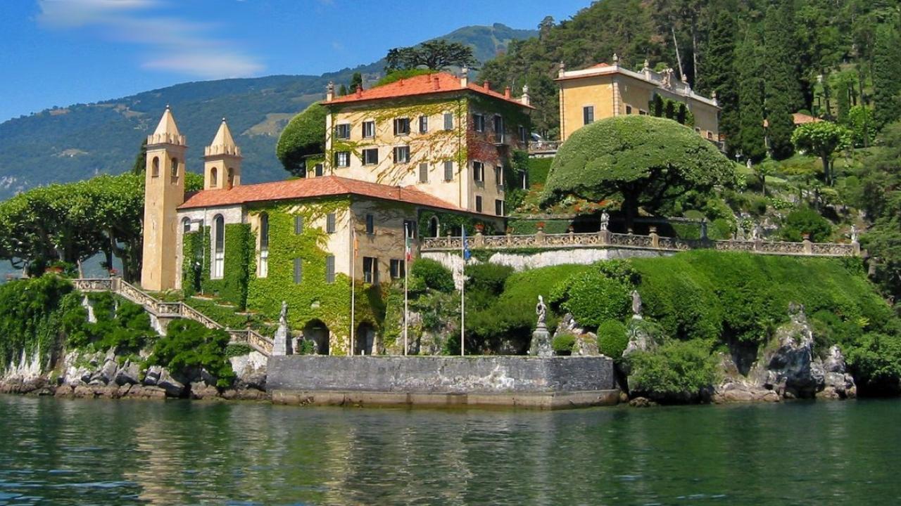 DeepVeer wedding venue, DeepVeer wedding, bollywood wedding venue, Italy, Villa Del Balbianello, Deepika Padukone, Ranveer Singh