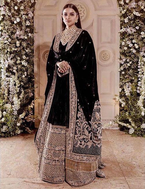 Sabyasachi, winter lehenga, velvet lehenga ideas, silk lehengas, bridal wear