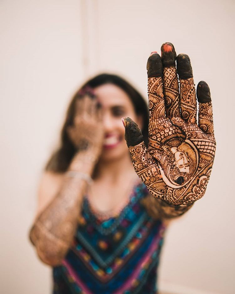 portrait mehendi designs for wedding